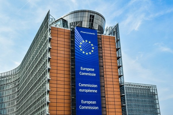 En savoir plus sur les nouveaux textes de loi de la Commission Européenne